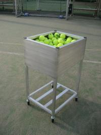 アルミ製 テニストレーナー