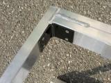 補強プレートは錆に強いカチオン電着塗装