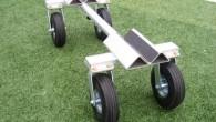天然芝・人工芝対応 アルミ製サッカーゴール運搬車 今までの運搬車では芝にダメージを与え、使えなかった問題点を解決! 日本最大級の複合施設「グランセナサッカースクール」で実際にご使用頂き、大変喜ばれています 全長が伸縮式で […]